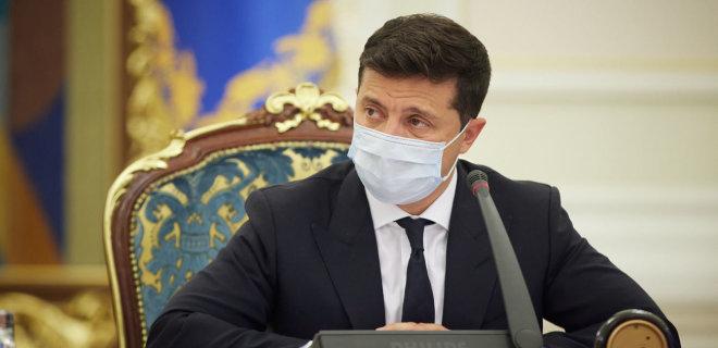 Владимир Зеленский подписал закон о штрафах за неношение маски