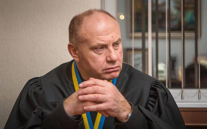 Председатель Приморского суда обратился с заявлением о вмешательстве в его деятельность