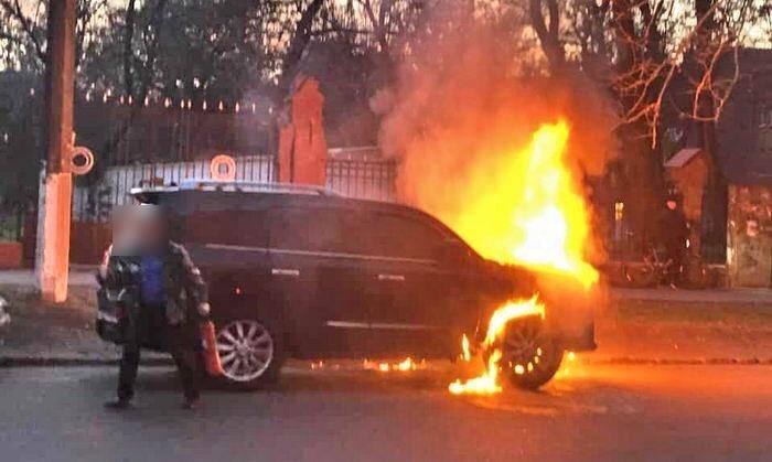 Прокуратура направила в суд дело о поджогах элитных авто