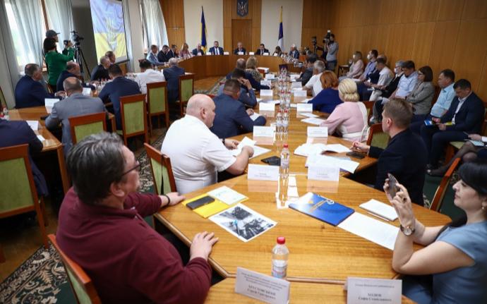 «Одесчина: децентрализация в действии»: обсуждение с участием народных депутатов